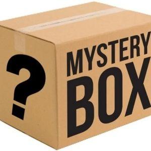 4 Piece Denim /Jeans Mystery Box Various Sizes